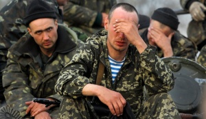 Ukrainian soldiers in captive after Russian agression in Crimea (source: orientalreview.org)